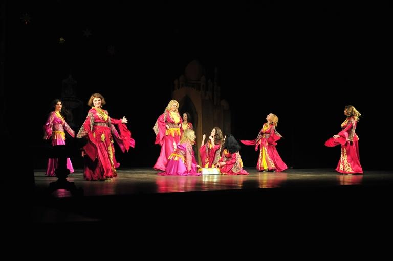 """Марокканский танец в спектакле """"Источник жизни"""""""