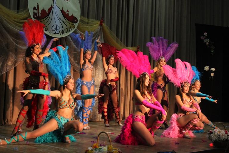 Бразильский танец 14-летие Театра восточного танца Аль-Джана