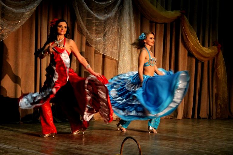 Дуэт Олеся Чернышова и Нана Силагадзэ. Ансамбль Театра восточного танца Аль-Джана