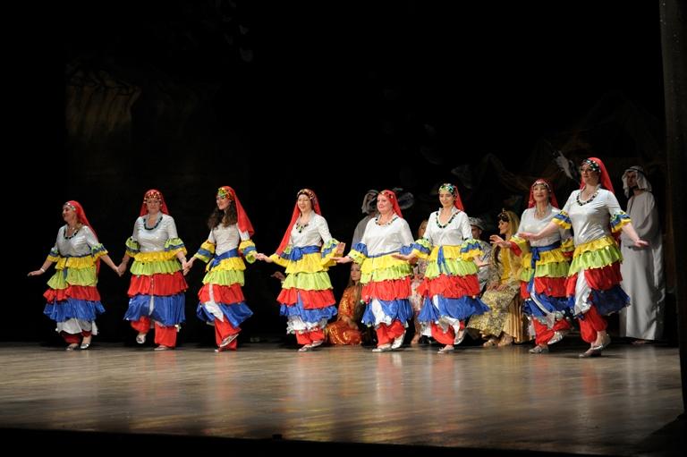 Группа Ясмин Театра танца Аль-Джана