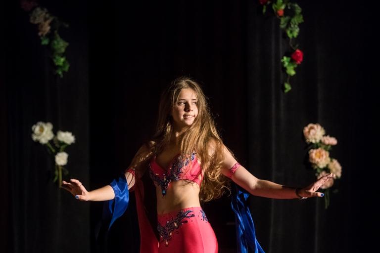 Екатерина Баканова Олеся Чернышова и Нана Силагадзэ 14-летие Театра восточного танца Аль-Джана