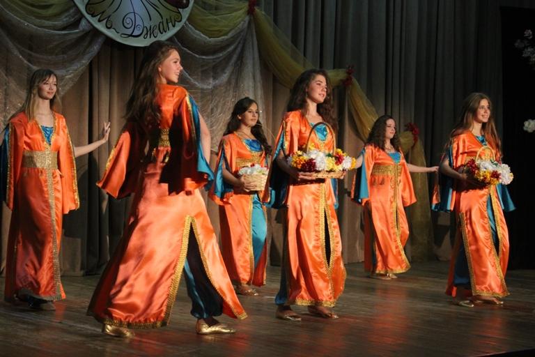 Группа Гелин 14-летие Театра восточного танца Аль-Джана