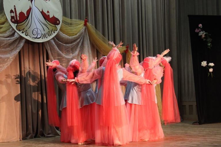 Группа Нудум 14-летие Театра восточного танца Аль-Джана