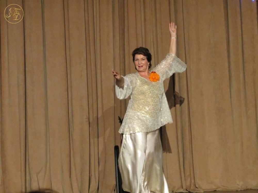"""Галина Бернадская. Концерт Театра танца """"Аль-Джана"""" Новогодние радости."""