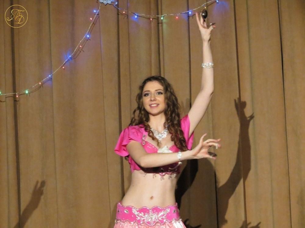 """Анастасия Гусева. Концерт Театра танца """"Аль-Джана"""" Новогодние радости."""