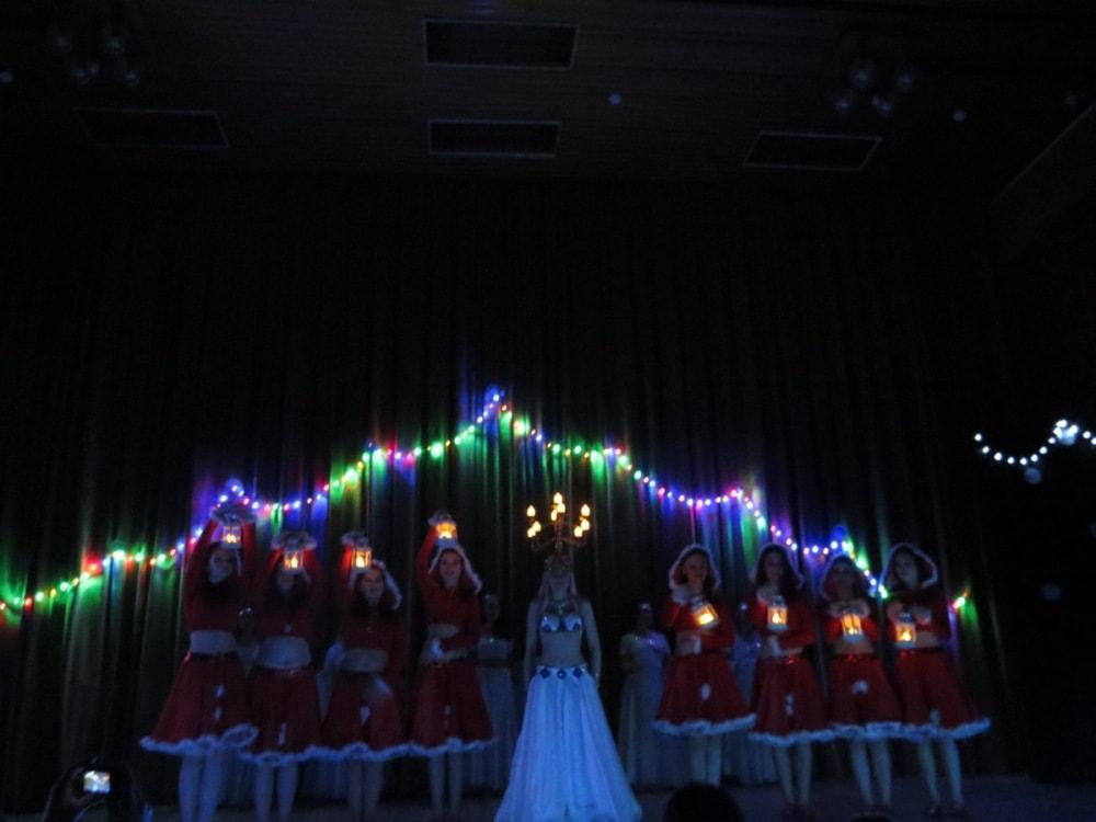 """Финал концерта Театра танца """"Аль-Джана"""" Новогодние радости."""