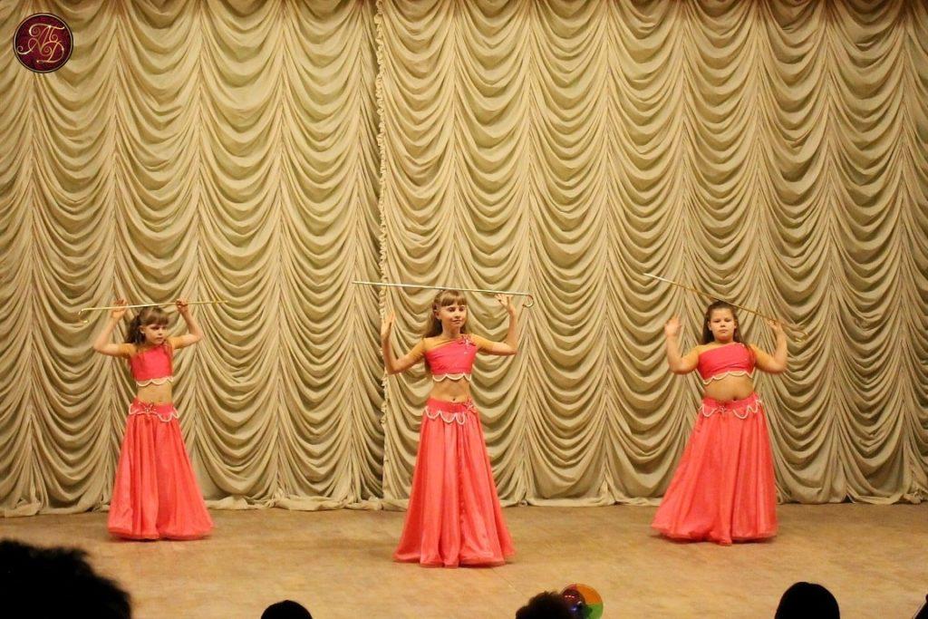 """восточные танцы ТВТ """"Аль-Джана"""": концерт для ветеранов - детский саиди"""