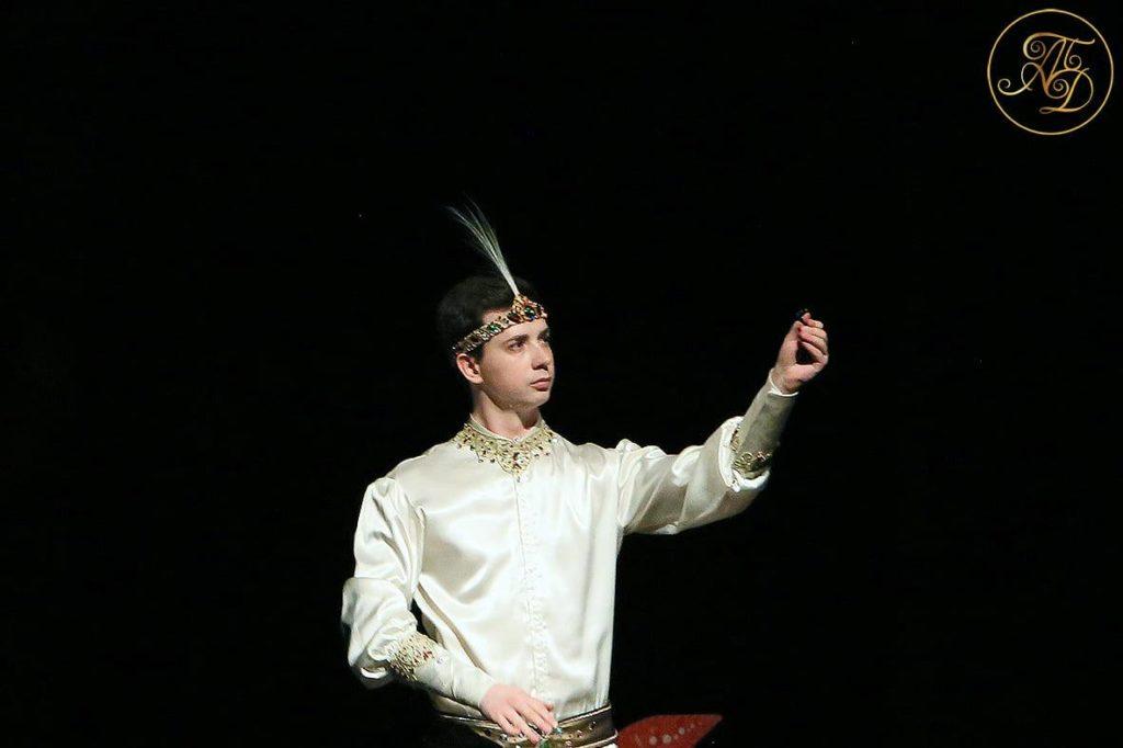 Спектакль Аурика. Принц Данияр