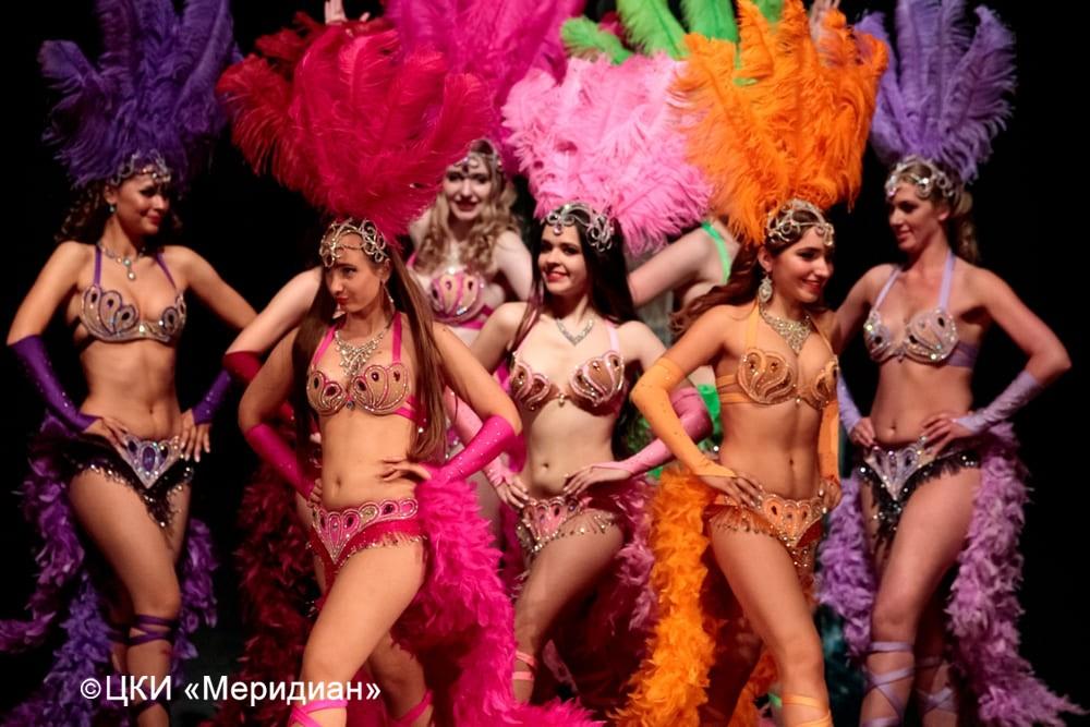 """Бразильский карнавал. Юбилейный концерт-сказка """"Феерия красоты""""."""