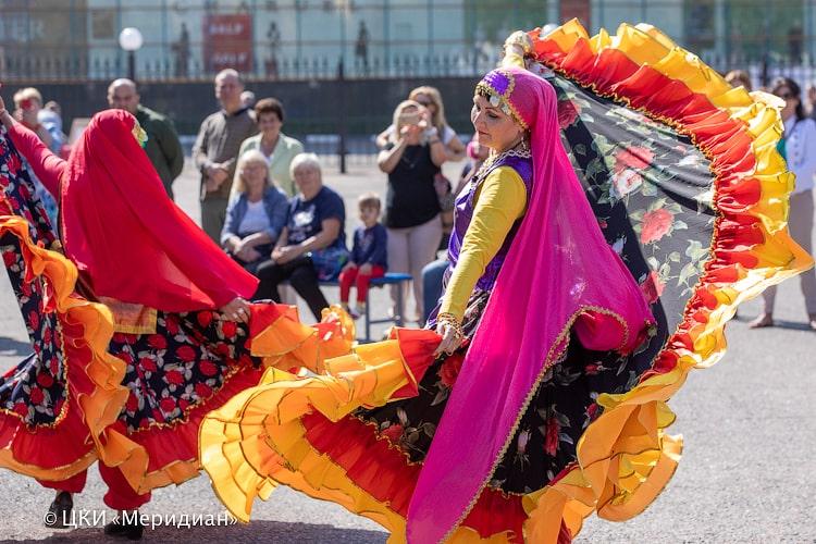 Танец персидских цыган. День открытых дверей